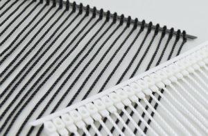 ファスバノック用糸製のタグファスナー