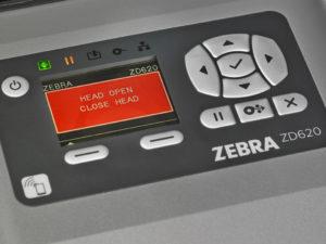 見やすいLCDで操作も簡単・プリンタの管理もしやすい
