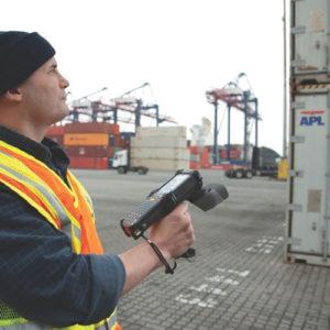 ロジスティクスでは貨物はもちろん車両やパレットもRFIDで管理