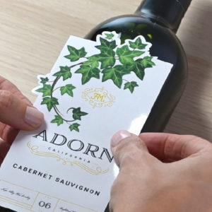 ワインなど酒類のパッケージで中小規模の小ロット多品種に最適
